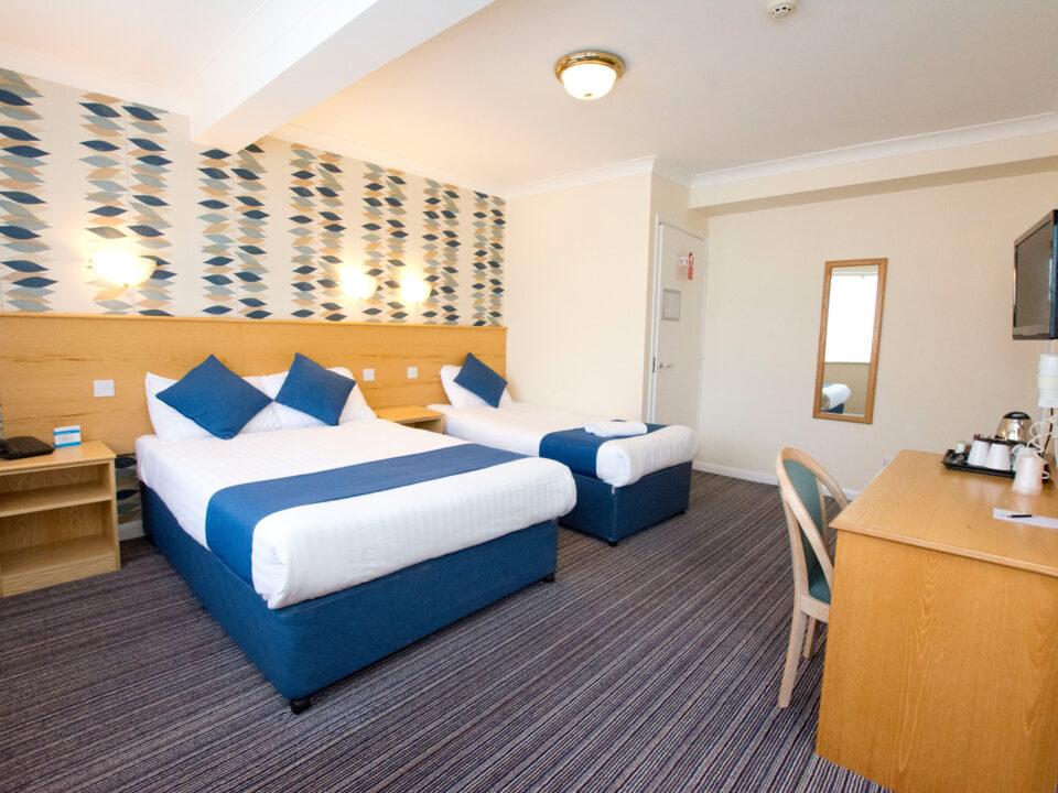 TLH Leisure Resort Hotel Family Bedroom for 3