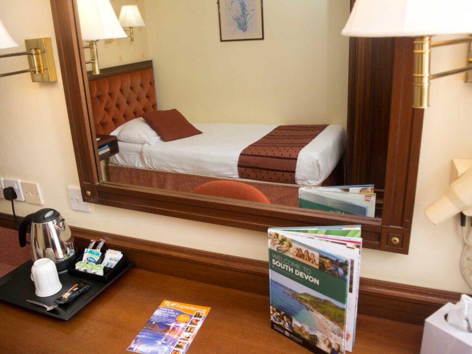 TLH Toorak Hotel Single Bedroom
