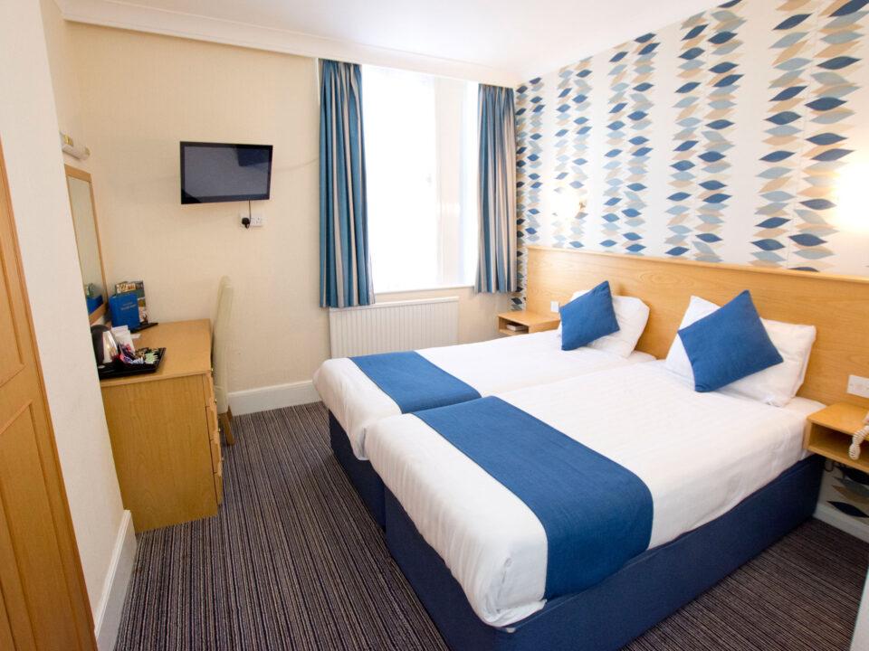 TLH Derwent Hotel Twin Bedroom