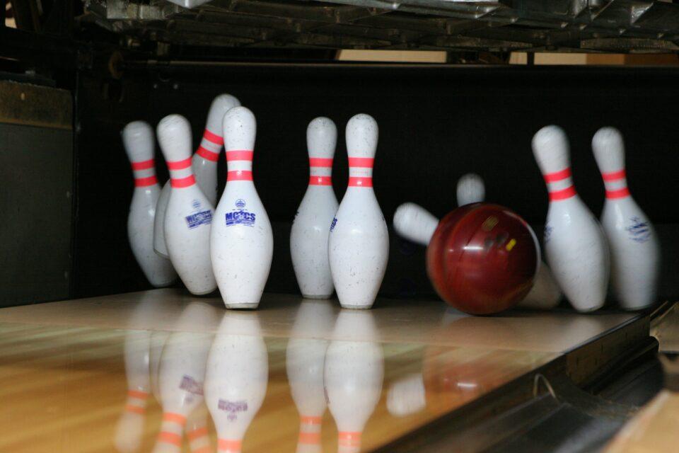 10 pin bowling, TLH Leisure Resort, Torquay