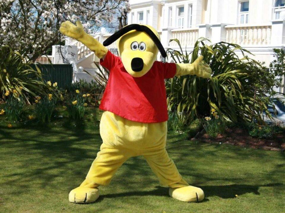 TLH Leisure Resort mascot, Toby Lee Hound