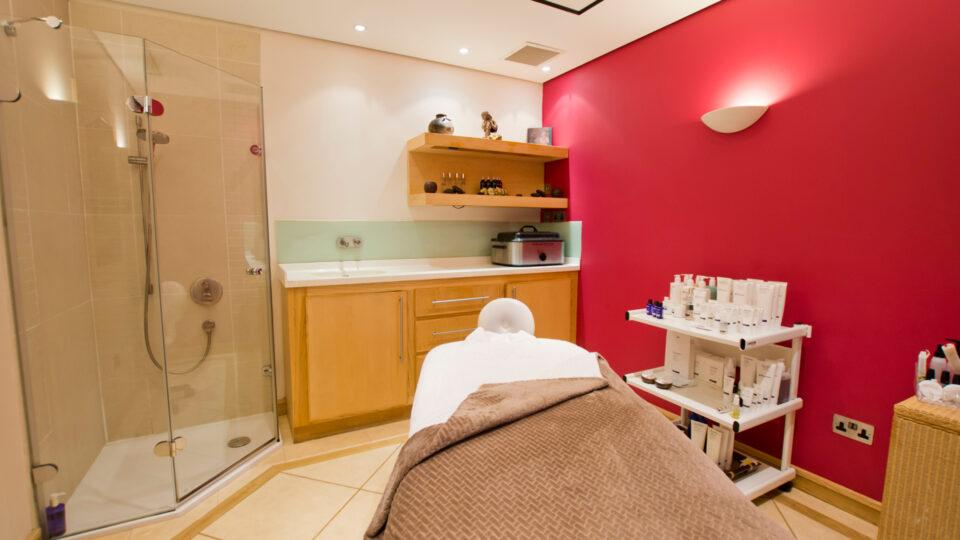Aztec Psa, Torquay, Treatment Room