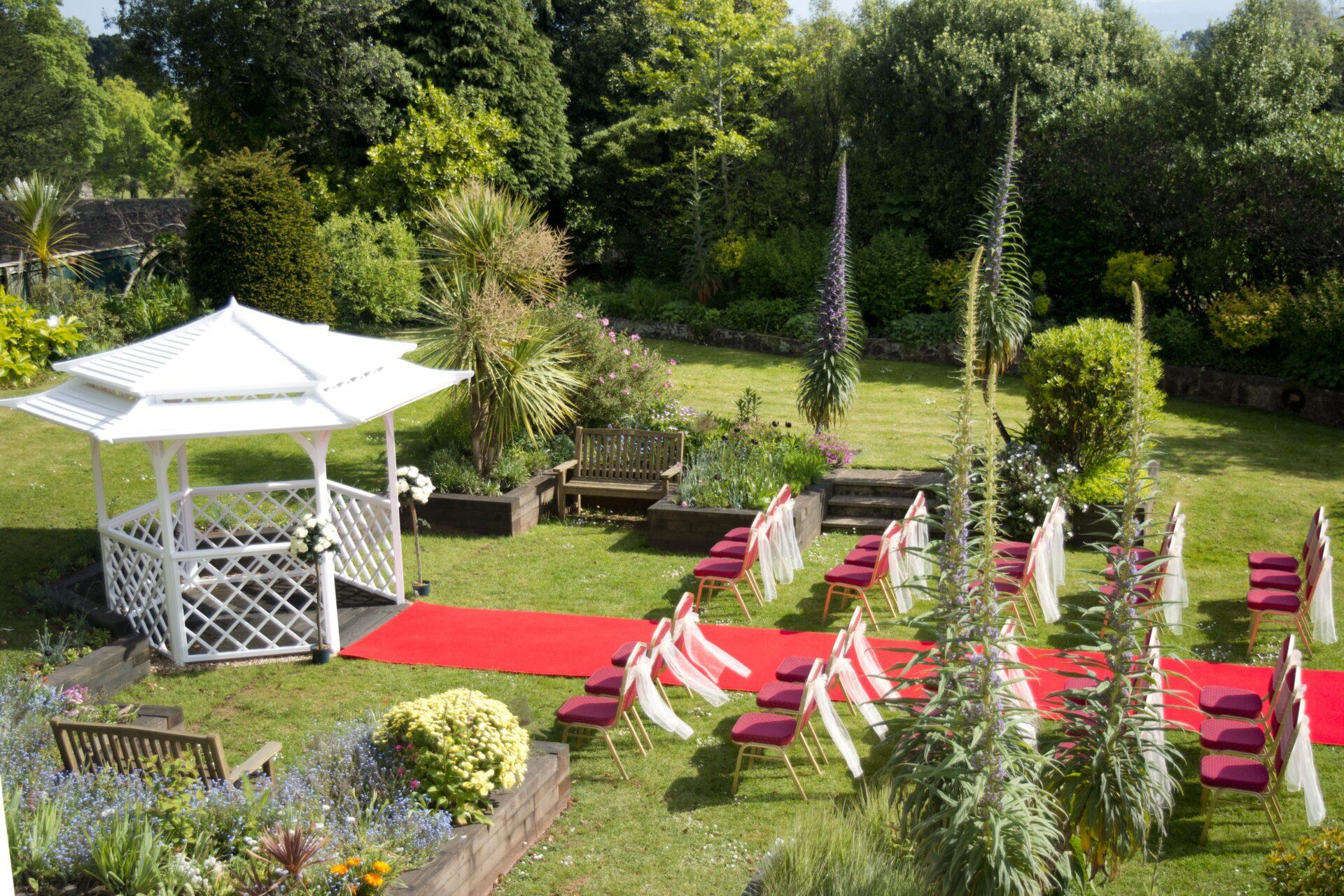 Outdoor Wedding gazebo, TLH Toorak Hotel, Torquay