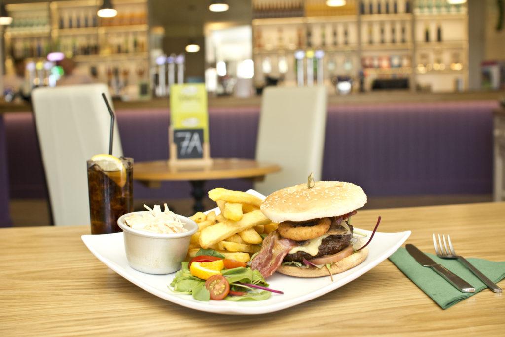 Alberts Bar Burger